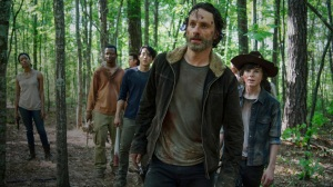 the-walking-dead-episode-501-rick-lincoln-carl-riggs-post-980